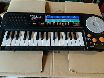 Casio Rapman RAP-1 Electronic Keyboard with Voice Effector Made in Japan