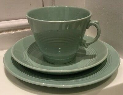 Woods Ware Beryl Tea Trio Cup Saucer Side Plate - Green - 1940's Vintage VGC