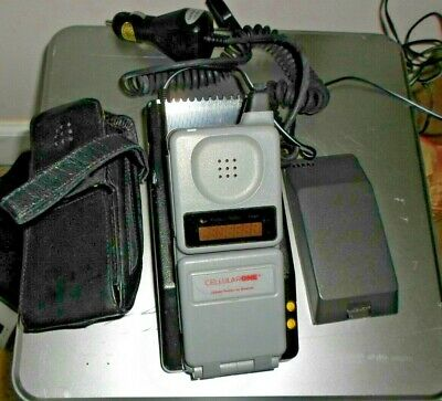 Motorola Digital Personal Communicator (Old Cell Phone) W/Cradle & Chargers
