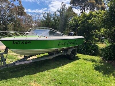 Ski/ fish runabout HInton 17ft speed boat