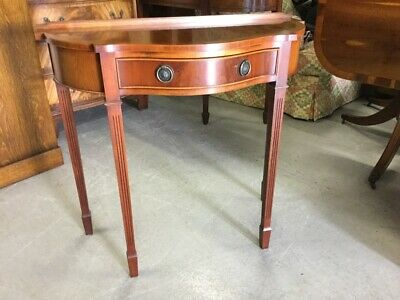 Great Quality Bevan Funnell Yew Wood Serpentine Console/ Side Table