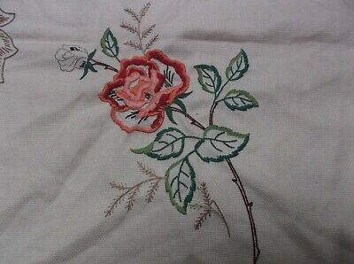Unfinished Square Vintage Tablecloth To Embroider. Roses Design