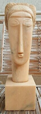 Marble sculpture, signed Modigliani 1912