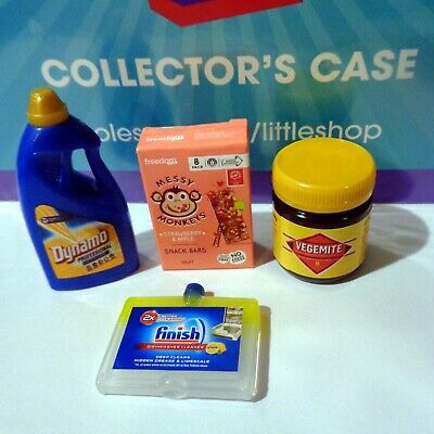 Coles Little Shop 2 Mini Collectables 4 Minis & Case. As Pictured with New Case