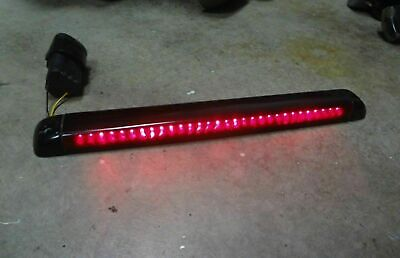 Chevy GM ROOF 3RD THIRD BRAKE LED LIGHT Tail Lamp Tahoe Jimmy Suburban Yukon nc