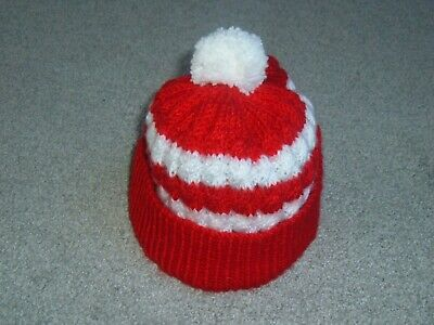 B.new. Child's Bobble Hat- Aged 5-8 Yrs.liverpool, Arsenal Football Bobble Hat