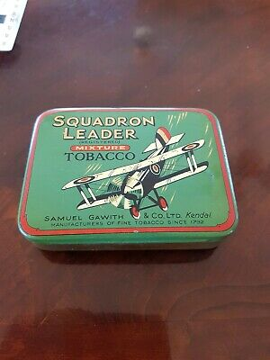 Squadron Leader tobacco tin