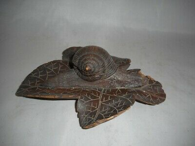 Rare 19th Century Antique Black Forest Carved SNAIL on a Leaf Decorated Inkwell