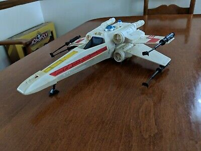 1978  Vintage Star Wars X Wing Fighter General Mills Fun Group TESTED AND WORKS