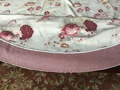 Shabby Chic Oblong/Round Floral Tablecloth with Roses