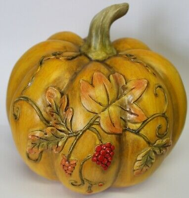 """Beautiful Pumpkin Patch Hand Carved Wood 5.5"""" Tall"""