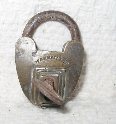 ART DECO Vintage Antique Small  BRASS Padlock HEART SHAPE WARRANTED WITH KEY