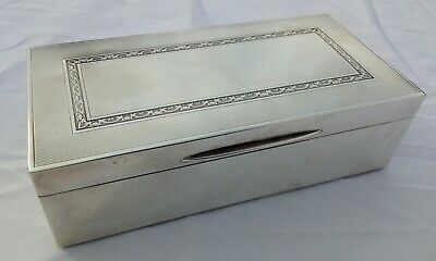 STERLING SILVER cigarette box London Aitkin Bros 1926 -