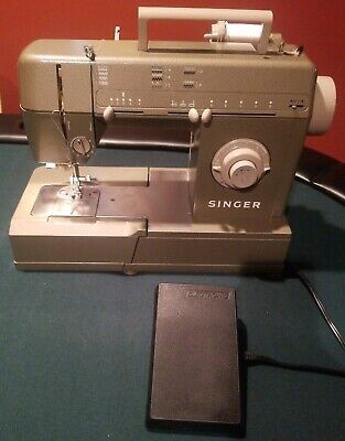 SINGER HD 110 C Commercial Grade Sewing Machine HD-110C Tested Working Green