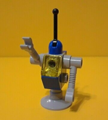 LEGO ® THE LEGO MOVIE PART 2 MINI FIGURE: Classic Space Droid tlm089 70841