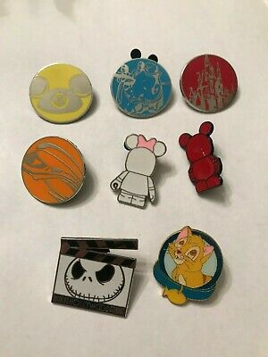 8 Disney Themed Pins Lot 513