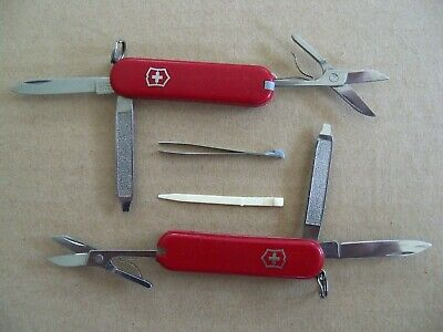Lot of 2 - Victorinox Swiss Army Knife Classic SD - Red - Very Good / Excellent