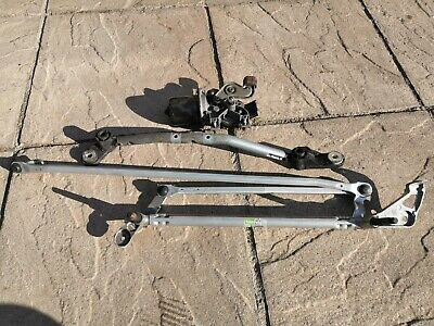 Renault Clio Mk3 2009-2012  Wiper Linkage & Motor (Front)