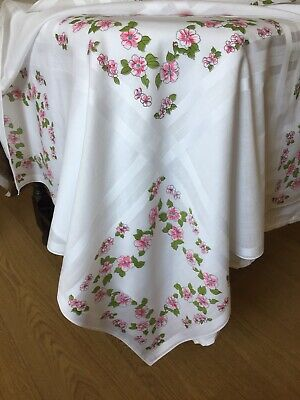 "VINTAGE LINEN TABLECLOTH White Cotton with Floral Print in Pinks. 34"" Square"