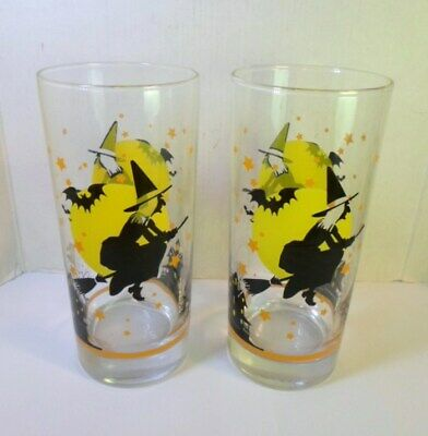 2 Vntge FLYING SALEM WITCH HALLOWEEN GLASS TUMBLERS Bats Full Moon Haunted House