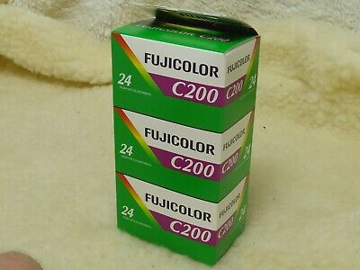 Fujicolor C200 aka Agfa Vista ~ 35mm 24 Exp Triple Pack ~ Dated 07/18 and Good