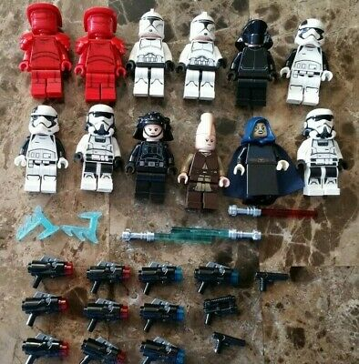 Lot of 12-Lego Star Wars Minifigures & Accessories-Blaster-Guns-Lightsabers-NEW