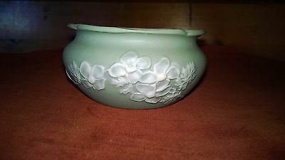 Ant Porcelain Trinket Dish Bisque Porcelain Applied Flowers Moss Green White GUC