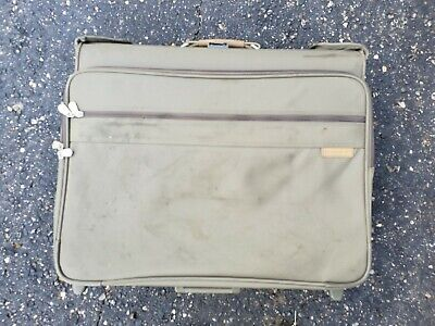 Briggs & Riley Baseline Wheeled Carry-On Garment Bag Travel Luggage Olive