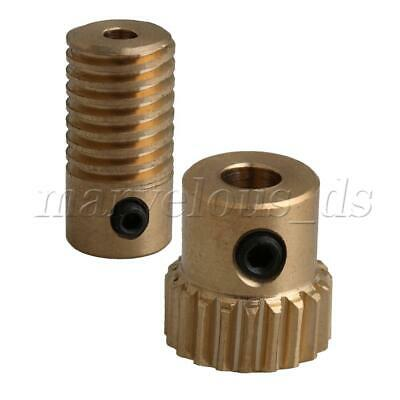 0.5 Modulus 20 Teeth Yellow Copper Worm Reducer with 3mm Bore Gear Shaft