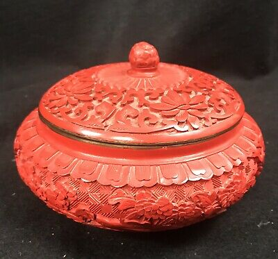 """Red Lacquer and Blue Enamel Chinese Box Lid w/ Knob Cinnabar Brass 6"""" Diameter"""