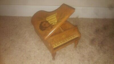 hand crafted wooden music box Chopin. great condition.