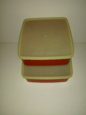 Lot of 2 Tupperware Sandwich Keeper Lunch Box Containers 1458 & -670 w/ Lids