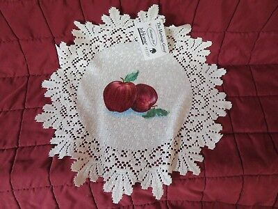 "Two Heritage Lace Classic Apple 15"" Round  Ivory/Cream Ecru Doilies"