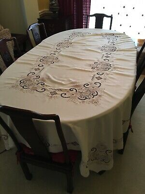 """Embroidered Tablecloth with napkins, Ecru, 105"""" x 70"""""""