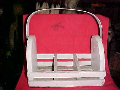OLD SHABBY CHIC 1940s PRIMITIVE WOOD FARM BASKET  WOODEN TOTE WITH HANDLE WHITE