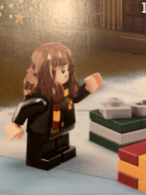 Lego Harry Potter Minifig -  Hermione Granger Wearing a Scarf - ID 75964 - NEW