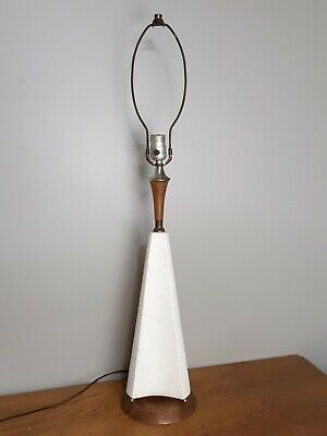 Vintage Mid Century Modern White Ceramic And Wood Pyramid Table Lamp