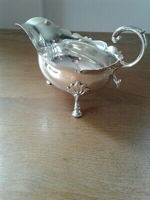 Antique Georgian solid silver sauce boat London 1752. Good quality
