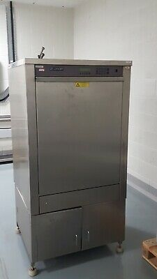 Lancer 1600UP Laboratory Lab Glasswasher Dishwasher with Racks