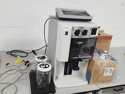 Beckman Coulter Z1 Particle Counter With Multiple Accessories