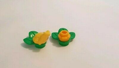 NEW Lego Minifig LILY PAD Green Plant w//Yellow Beetle Butterfly Red Flower Frogs