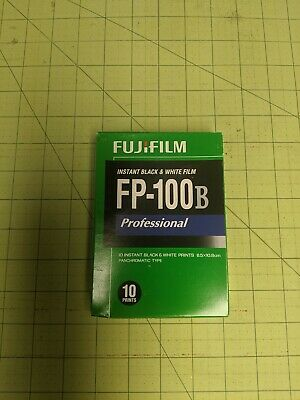 Fujifilm FP-100B 3.25 X 4.25 inch Black and White  Instant Film Refrigerated