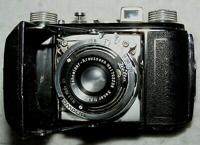Welta Welti 35mm film folding camera in case. Made in Germany