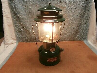 Coleman #220J 2 Mantle  Lantern 8 75 Vg Working Condition Camping Ice Fishing 2