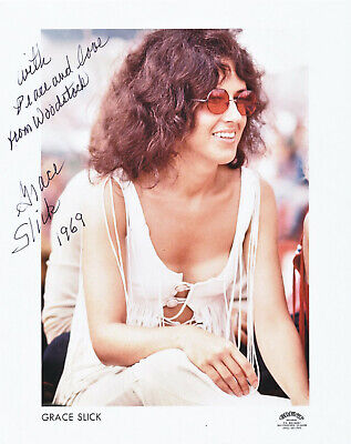 GRACE SLICK  original AUTOGRAPH 8x10 signed WOODSTOCK photo (hand signed)