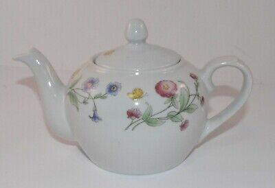 BIA Cordon Bleu Small Teapot Trellis Floral & Butterfly Hand-Decorated in USA