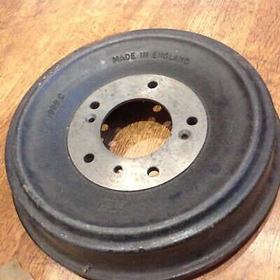 FX4 brake drum new. Never been used.  For the older fx4.