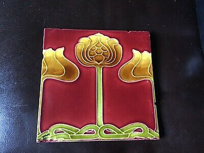 "A GENUINE ART NOUVEAU TILE 6""x6"" BY T R BOOT C.1905."