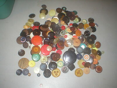 Large 1 Pound Plus Lot Of Mixed Vintage  Plastic Sewing Craft Buttons