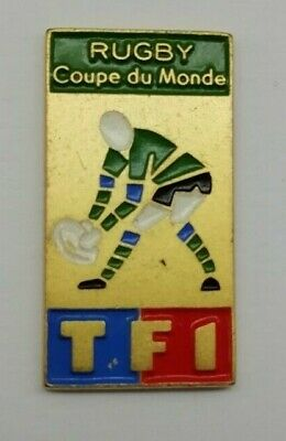 The 1991 iRB Rugby Union World Cup Logo TFI Coupe Du Monde RWC Pin Badge.
